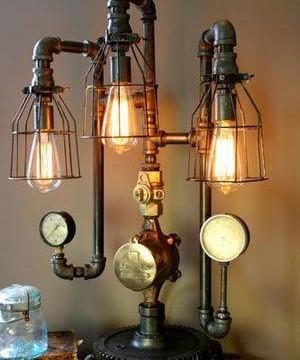 Luminaria creada en unas tuberias con sus termostatos a la vista