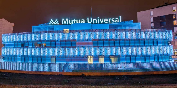 MUTUA-UNIVERSAL13